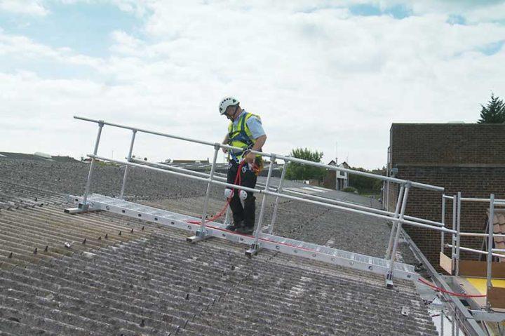 safe roof working platform