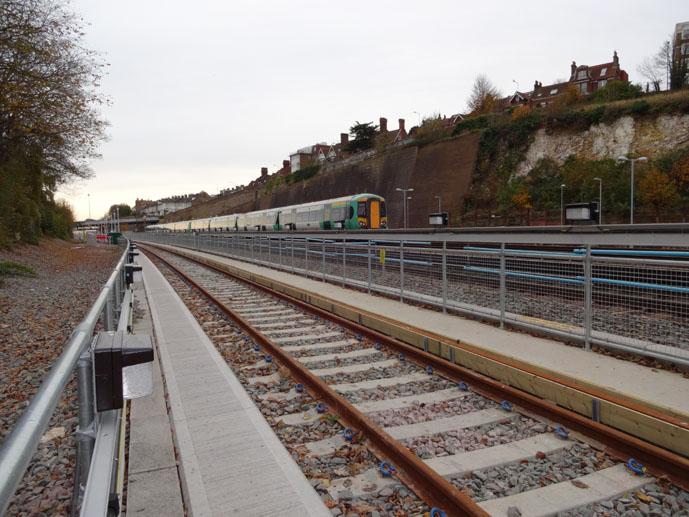 Brighton_Rail_Line.jpg