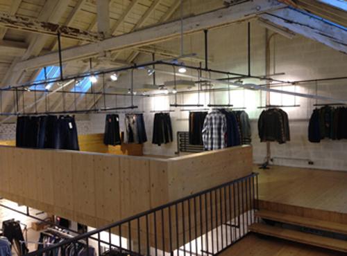 Clothes_racks_3a.jpg