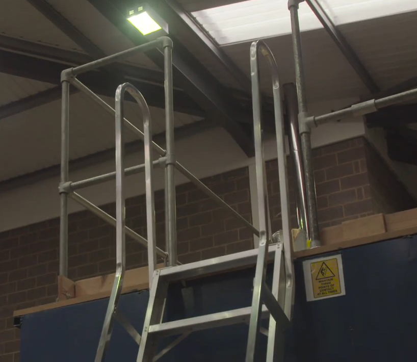 Fixed ladders in warehouses