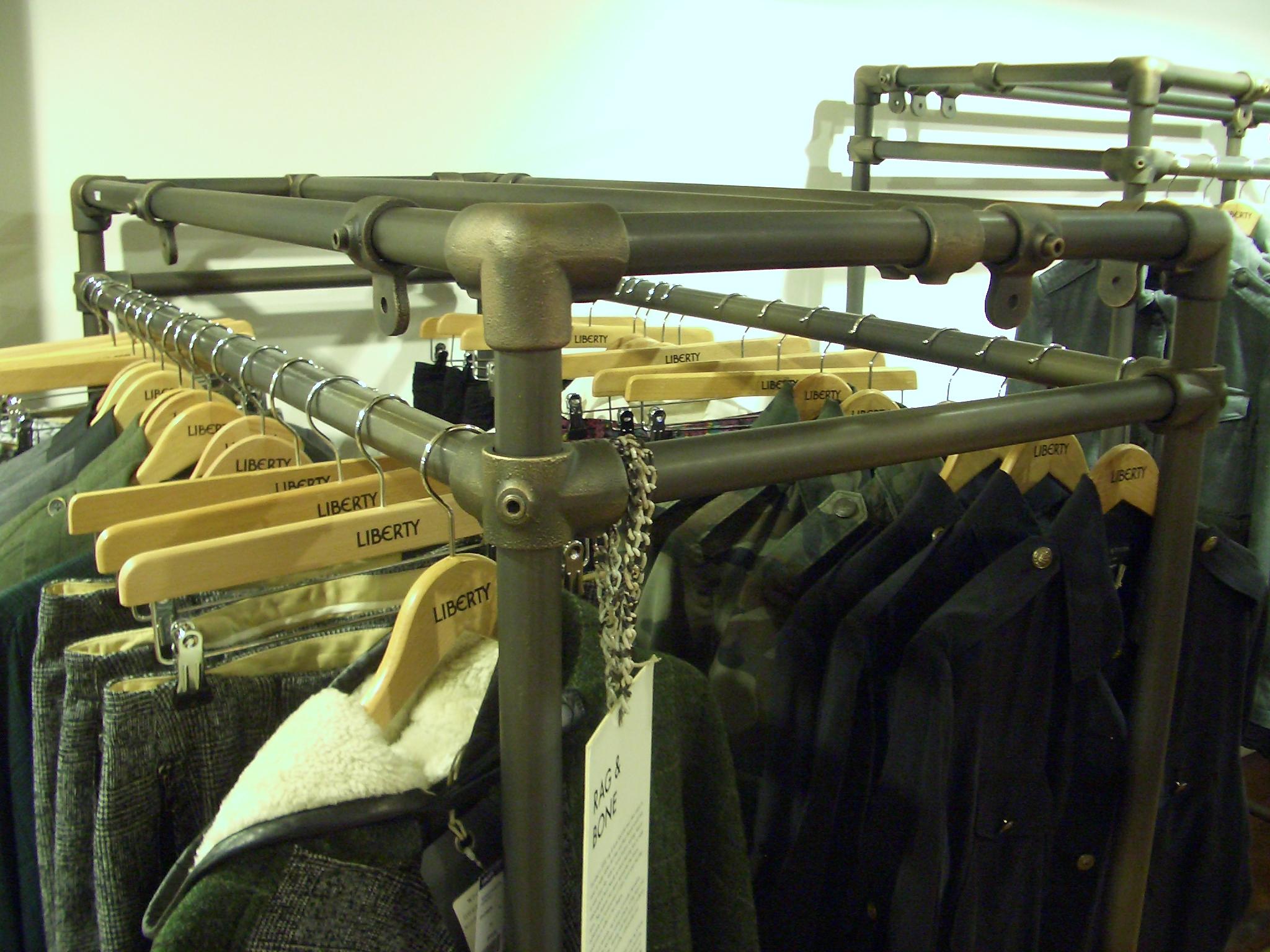 Kee_Klamp_Clothes_Rails.JPG