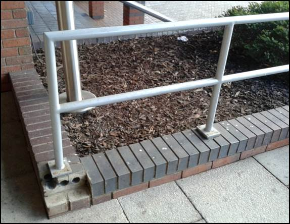 Poorly installed handrail