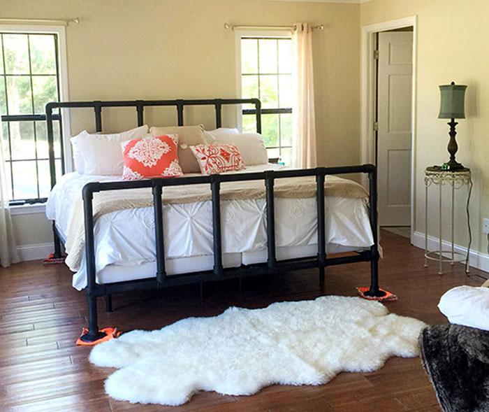 Custom Scaffold bed